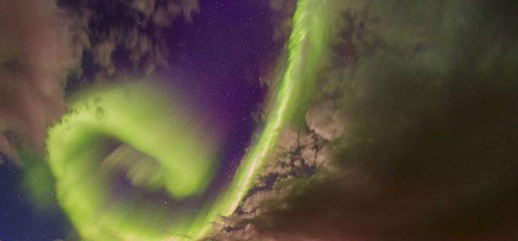 NASA fotografía Aurora que podría dañar la Tierra