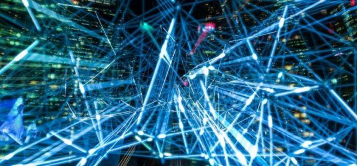 ¿Es viable conectar a 166 mil comunidades marginadas a internet en un mes?